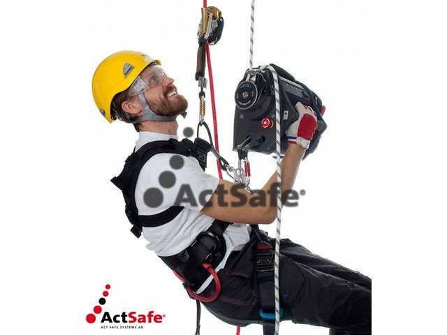 Ascender+Climbing