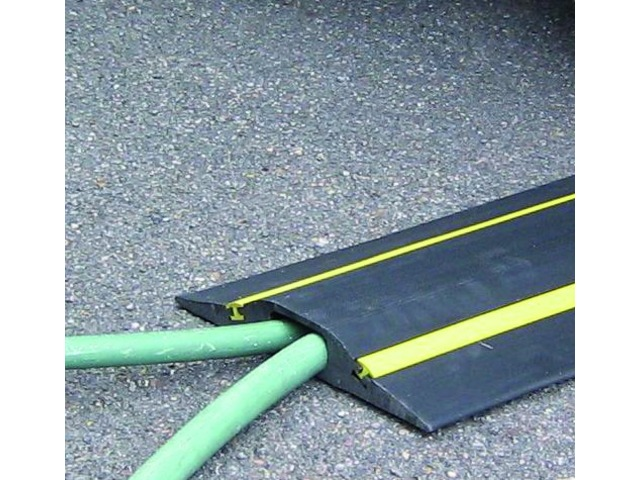 Cable protectors for vehicle crossing with YELLOW STRIPES : Volga - Speed ramps