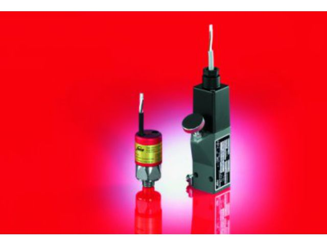 Explosion-protected pressure switches