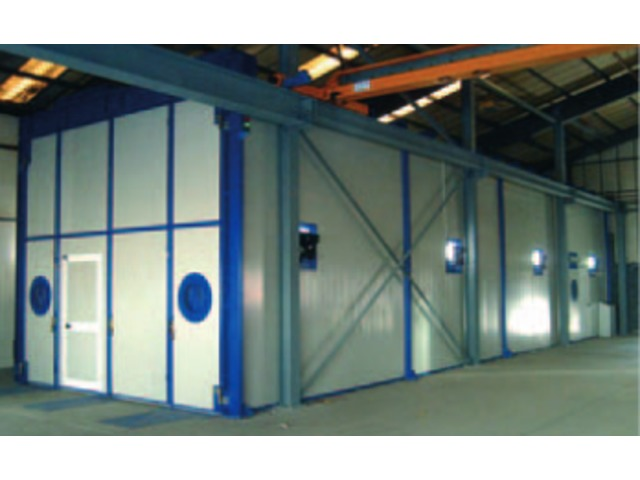 Manual sandblasting booths - product presented by EUROTHERM