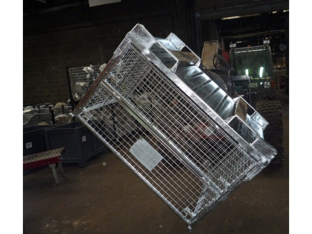 Metal pallet box  - SCHNEIDER LOGISTICS