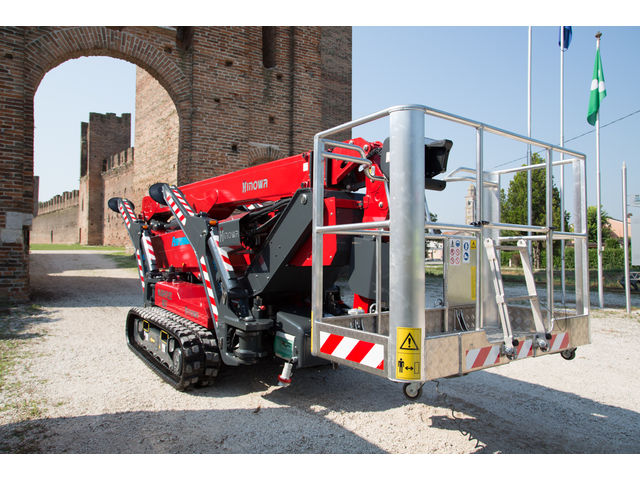 Tracked aerial platform Lightlift 33.17 Performance IIIS - product presented by HINOWA